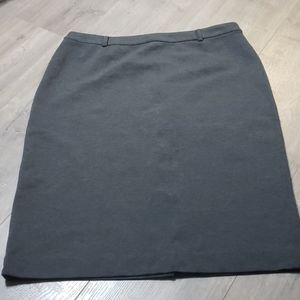 Context Pencil Skirt - Size 10